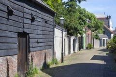 Alte gemütliche Straße stockfotografie
