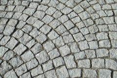Alte gepflasterte Straße Stockfotografie