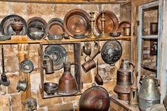 Alte Geräte in einem Ramschladen Stockfotos