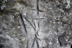 Alte germanische Runen auf der Wand der Höhle Lizenzfreie Stockfotos