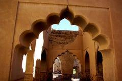 Alte geschnitzte Bögen von Oman Lizenzfreies Stockfoto