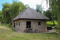 Alte Getreidemühle - Suceava-Dorf-Museum Lizenzfreies Stockbild