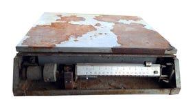 Alte Gewichte auf Weiß lizenzfreie stockbilder