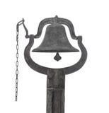 Alte Glocke auf einem hölzernen Beitrag lokalisiert Stockfoto