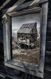 Alte Goldmine in Kolorado, Ansicht aus dem Fenster heraus stockbild