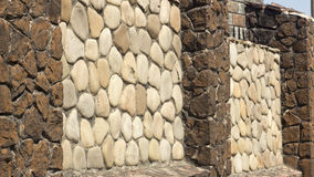 Alte gotische Steinwand des Schutts Stockbilder