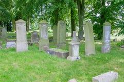 Alte Gräber am größten mennonitischen Kirchhof im Norden von Polen Stockfotos