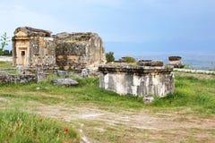 Alte Gräber im Friedhof, Hierapolis Lizenzfreies Stockfoto