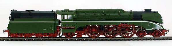 Alte grüne Dampflokomotive Stockbilder