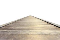 Alte graue Holzbrücke oder Gehweg lokalisiert auf Weiß Lizenzfreies Stockfoto