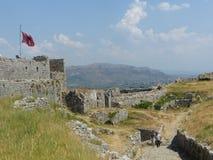Alte Grenzen einer alten Kraft von Shkoder in Albanien mit den Bergen schließlich stockfotos