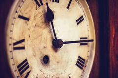 Alte großväterliche Uhr Stockbild
