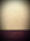 Alte grunge Backsteinmauer mit Platz für Text Stockbilder