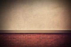 Alte grunge Backsteinmauer mit Platz für Text Lizenzfreie Stockfotografie