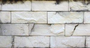 Alte grungy Beschaffenheit, weiße Backsteinmauer mit Weinleseartmuster für Hintergrund Lizenzfreies Stockbild