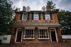 Alte Häuser in alten Salem Historic District, in im Stadtzentrum gelegenem Winst Stockfotografie