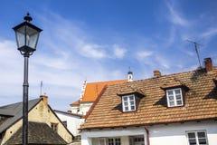 Alte Häuser auf dem Marktplatz lizenzfreies stockfoto