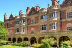 Alte Häuser in der Cambridge-Stadt Stockbilder