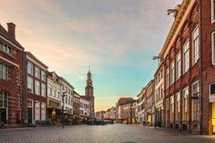 Alte Häuser in der historischen niederländischen Stadt von Zutphen Stockfotografie