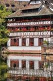 Alte Häuser im Bezirk von La Petite France in Straßburg Stockfotografie