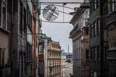 Alte Häuser in im Stadtzentrum gelegenem Istanbul Stockfotografie