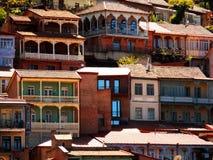 Alte Häuser, schöne Balkone Stockfotografie