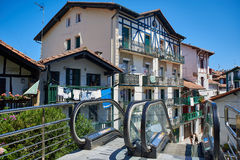 Alte Häuser von Hondarribia, Gipuzkoa, Baskenland, Spanien Lizenzfreies Stockfoto