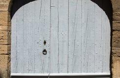 Alte hölzerne blaue Tür in Gordes Provence, Lizenzfreies Stockbild