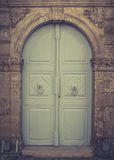 Alte hölzerne blaue Tür in Rethymnon Stockbilder