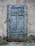 Alte hölzerne blaue Türen Stockbild