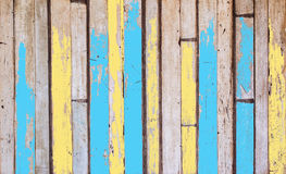 Alte hölzerne Bretter sind abstrakte Hintergründe Der Hintergrund ist grün weiße braune hölzerne Tonmöbel-Designart Stockfoto