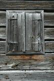 Alte hölzerne Fensterfensterläden Stockbilder