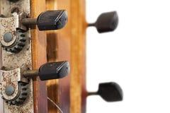 Alte hölzerne Gitarre Lizenzfreie Stockfotografie