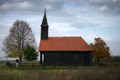 Alte hölzerne Kirche Stockfotografie
