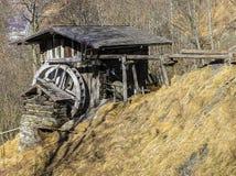 Alte hölzerne Mühle Lizenzfreie Stockfotografie