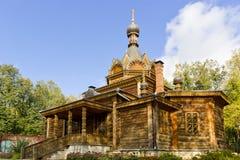 Alte hölzerne russische orthodoxe Kirche Lizenzfreies Stockbild