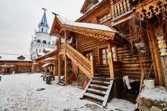 Alte hölzerne Struktur bei Izmailovsky der Kreml, Moskau Lizenzfreie Stockbilder