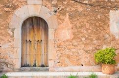Alte hölzerne Tür Stockbilder