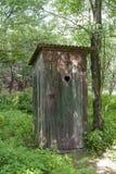 Alte hölzerne Toilette Stockfotos