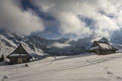 Alte Hütten im Gasienicowa-Tal Tatra Berge polen Lizenzfreie Stockbilder