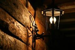 Alte handgemachte Lampe Stockbild