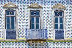 Alte Hausfassade lizenzfreie stockfotografie