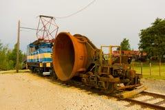 Alte historische Bergwerksausrüstung auf Anzeige an flin flon Lizenzfreie Stockbilder