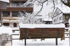 Alte Holzbank Stockbilder