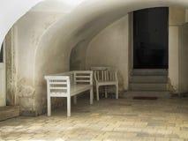 Alte Holzbank und Seat Lizenzfreies Stockbild