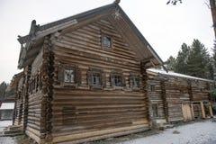 haus datscha der landschaft im winter russland stockfotos 11 haus datscha der landschaft im. Black Bedroom Furniture Sets. Home Design Ideas
