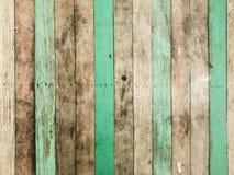 Alte Holzverkleidungsvertikale der Weinlese stockfoto