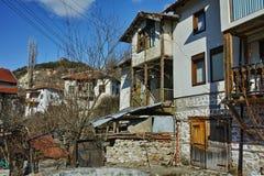 Alte Häuser im Dorf von Rozhen, Bulgarien Lizenzfreies Stockfoto
