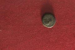 Alte indische Münze Lizenzfreie Stockbilder