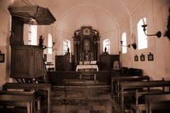 Alte Innenkirche Lizenzfreie Stockfotografie